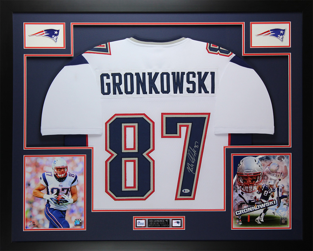 buy popular 78f32 bc2cb Details about Rob Gronkowski Autographed & Framed White Patriots Jersey  Auto Beckett COA D11